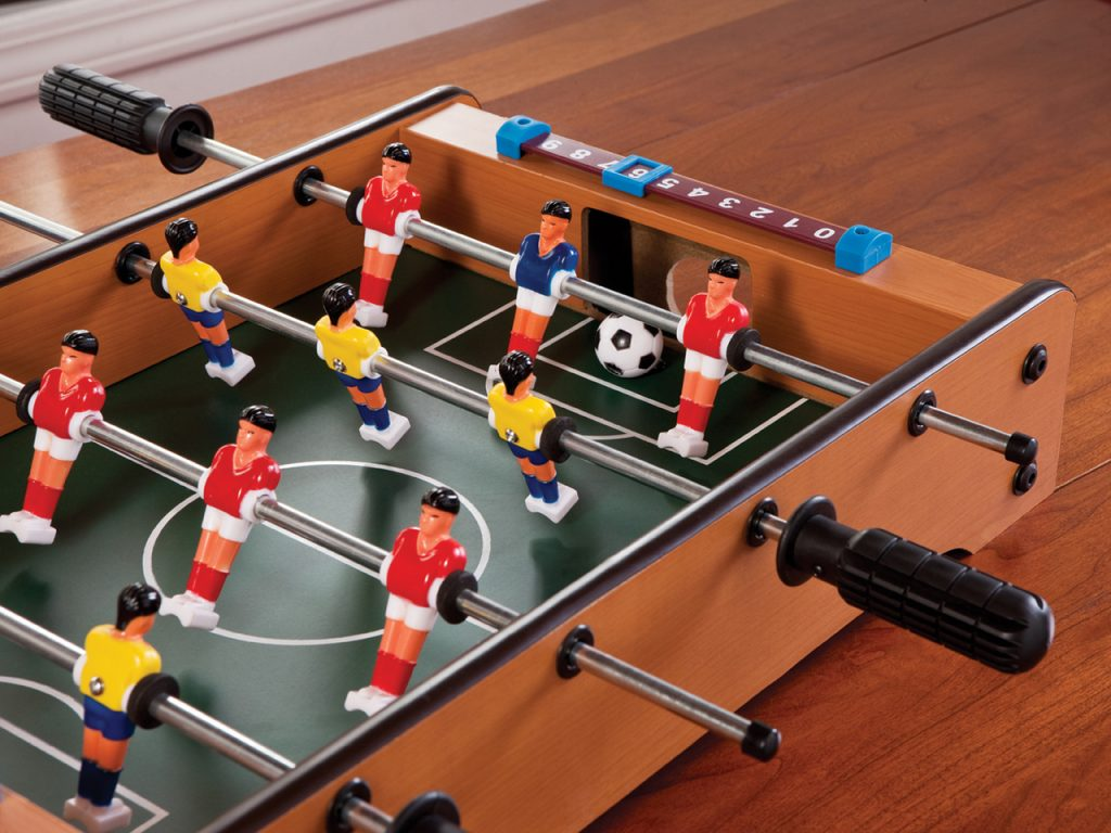 Mainstreet_55_0502_Table_Top_Foosball_Lifestyle2__00812.1488477991.1280.1280