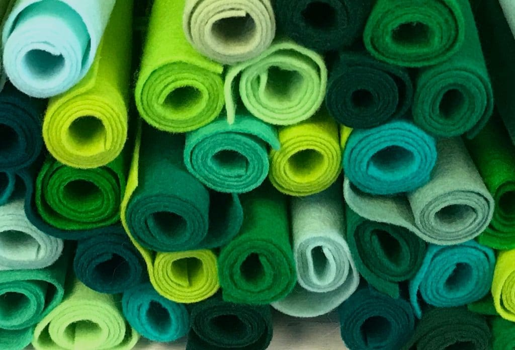 5 Best Felt for Pool Table - the Surface for Your Billiard Triumph