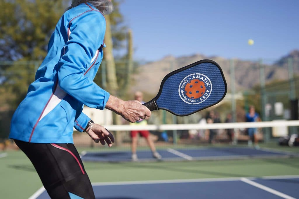8 Best Pickleball Paddles - Never Again Loosing The Game