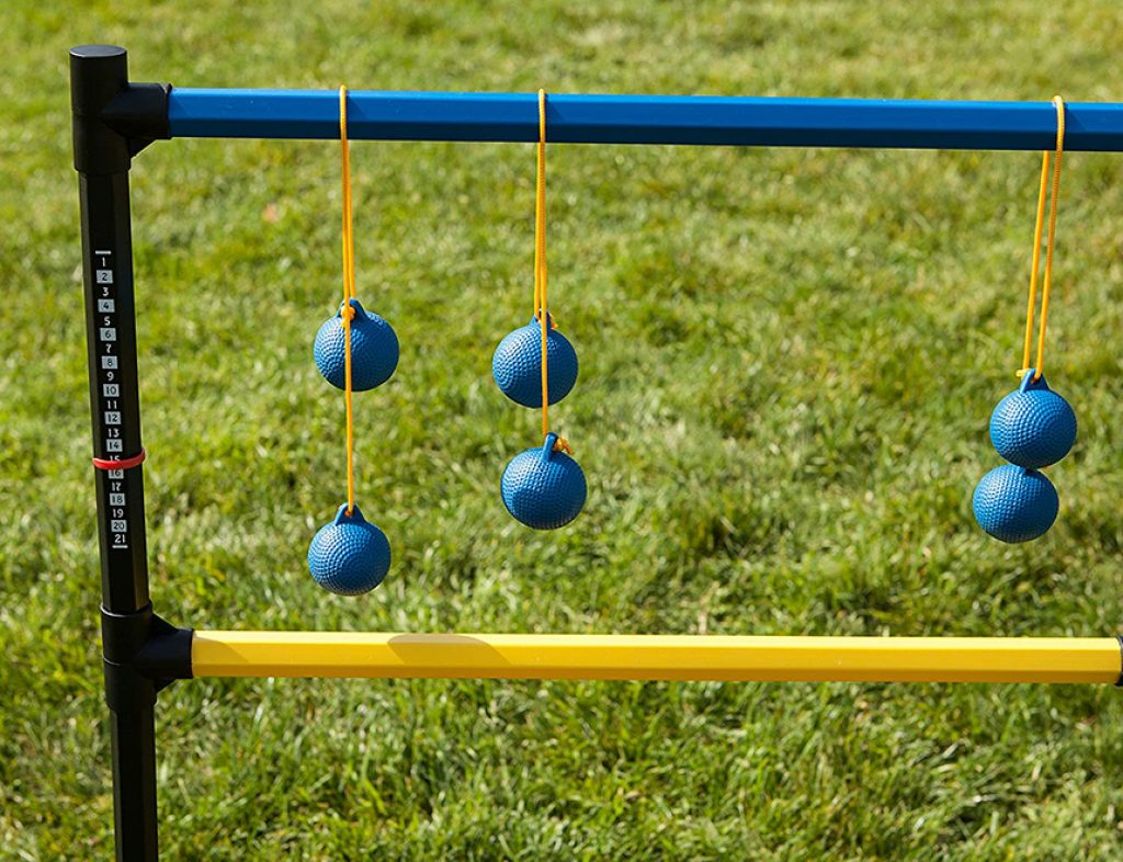 6 Most Outstanding Ladder Ball Sets for Your New Exciting Gaming Experience