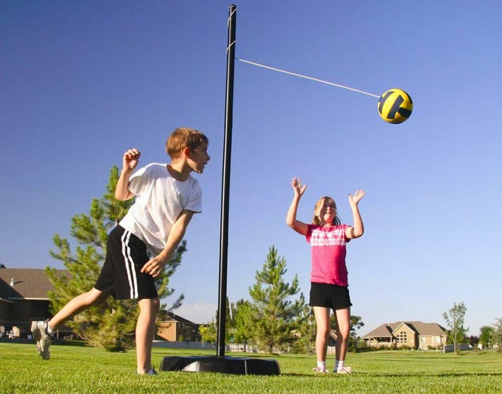 5 Best Tetherball Sets - Great Game for Any Given Level of Skill!