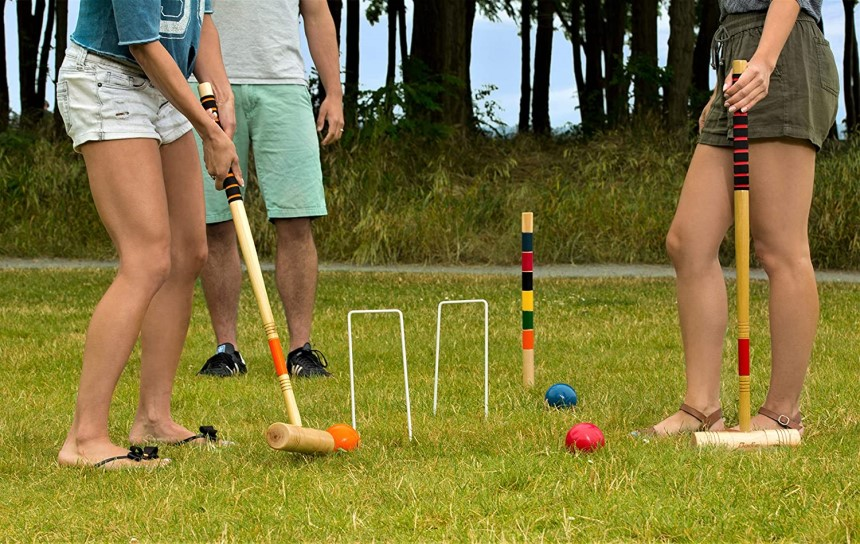 6 Best Croquet Sets - Enjoy the Game at Any Age!