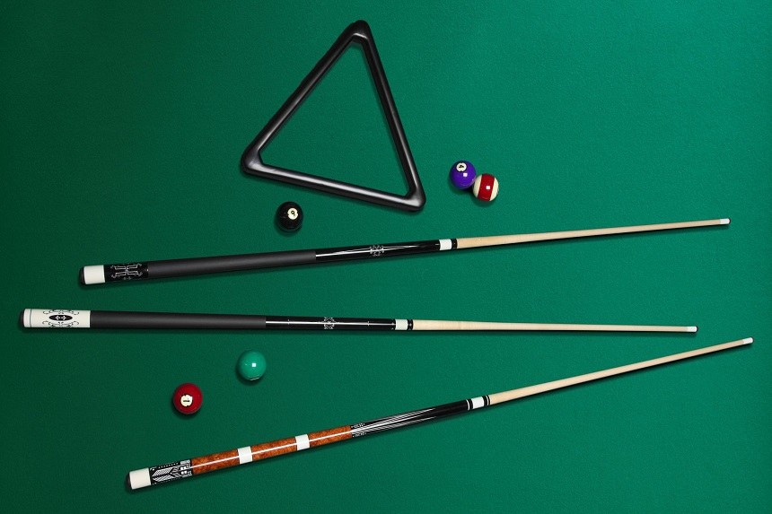 10 Best Pool Cues for Intermediate – Impressive Reliability and Balance!