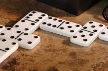 5 Best Dominoes Sets – Affordable Fun for Everyone
