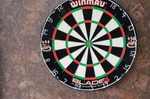 6 Best Backings for Dart Board – Play Without Worries