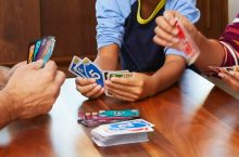 7 Best Family Card Games – Reviews and Buying Guide