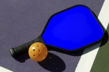 8 Best Pickleball Paddles – Never Again Loosing The Game