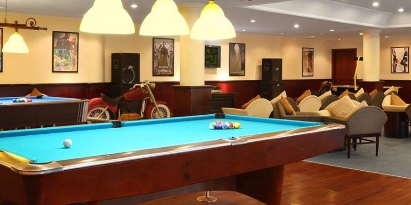 5 Outstanding Pool Tables Under $1000 – Affordable Base For Your Victorious Games
